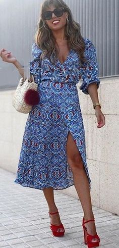 NWT ZARA Blue Flowing Printed Crossed Midi Dress V-Neck Size XS Ref.4437/258 #ZARA #WigglePencilALineDressTunicDress #Casual