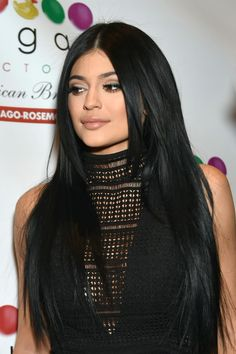 kylie jenner 2015  http://enewsports.com/2015/08/27/the-unbearable-kylie-jenner-has-more-friends/kylie-jenner-20153-2/
