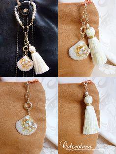 elegant shell* シェルレジンとタッセルのmulti-wayバッグチャーム WHITE