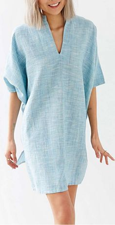 Beautiful And Flattering Linen Dresses Keep Searching And Feeling Cool - mode - Women in Uniform Linen Tunic Dress, Linen Dresses, Casual Dresses, Casual Outfits, Shirt Dress, Tunic Dresses, Boho Dress, Batwing Dress, Batwing Sleeve