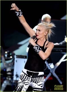 I would dress like Gwen Stefani