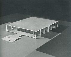 El Palacio do Planalto.  Oscar Niemeyer. Modulo. 10 1958: 13