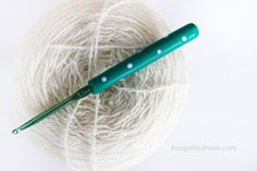 Crochet Hook Emerald Green Polka dots polymer by TheSpottedHook