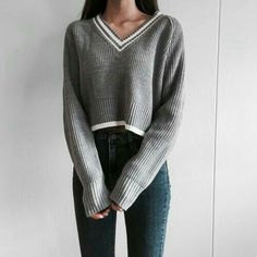 Todo cambia... Nueva universidad... Nuevos amigos y enemigos... Una r… #fanfic # Fanfic # amreading # books # wattpad Sweater Outfits For Work, Outfits For Teens, Trendy Outfits, Winter Outfits, Teenage Outfits, Teen Fashion, Korean Fashion, Fashion Outfits, Fashion Trends