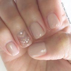 Simple nude chevron nail art design