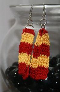 Harry Potter scarf earrings by Divine Debris.