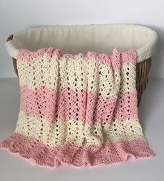This Pin was discovered by Little Monkeys Design I Crochet Patterns + Organic Baby Blankets. Discover (and  save!) your own Pins on Pinterest.
