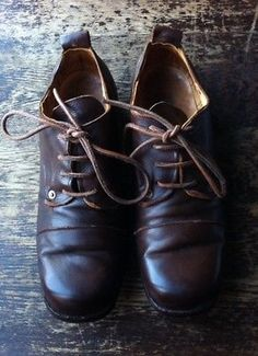 Paul-Harnden-Shoemakers-rare-Derby-shoes-brown-ladies-size-6-39