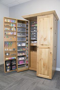 Gorgeous Knotty Alder WorkBox! www.theoriginalscrapbox.com