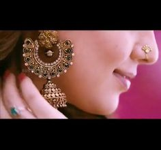 I love this earring. It would go with any clothes. I would love to pair this with a simple anarkali.