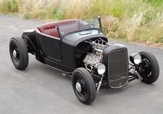Learn more about 1927 Ford Model T Hot Rod on Bring a Trailer, the home of the best vintage and classic cars online. Ford Classic Cars, Classic Cars Online, Ford Roadster, Traditional Hot Rod, T Bucket, Classic Hot Rod, High Performance Cars, Sweet Cars, Us Cars