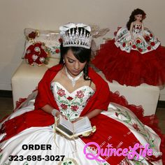 Ideas for Selecting the Perfect Quinceanera Dress. Probably the most significant component of a quinceanera for a girl is her gown! Xv Dresses, Quince Dresses, Cute Dresses, Fashion Dresses, Prom Dresses, Wedding Dresses, Mexican Quinceanera Dresses, Quinceanera Themes, Mexican Dresses