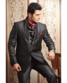 suit with cravat