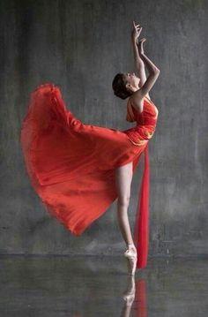 <<Alena Kovaleva (Bolshoi Ballet)>>