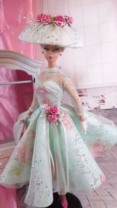 Vintage Reproduction Barbie Silkstone FR Fashion VR Handmade Dress OOAK / Mary