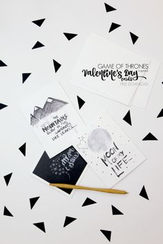 DIY Game of Throne Valentines Free Printables from Eat Sleep. (True Blue Me and You: DIYs for Creatives) Game Of Thrones Free, Game Of Thrones Party, Valentine Day Cards, Valentines Diy, Diy Projects For Couples, Diy Arts And Crafts, Kid Crafts, Paper Crafts, Diy Games