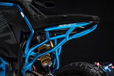 Aero E-Racer: the black road series bikes feature coloured subframes