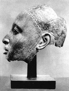 YORUBA TERRACOTTA MEMORIAL HEAD
