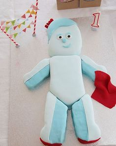 Iggle Piggle from 'In the Night Garden' cake for a first bday - wow!