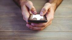 Smartphones: Mitos, verdades y medias verdades sobre cómo afecta a tu salud el uso del móvil. Noticias de Tecnología. Una noticia hace unos días relacionaba el uso de móviles con riesgo de infertilidad, ¿hay evidencias científicas sólidas de esa relación?