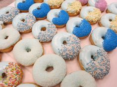 Blue Donuts for Baby shower Boy. by Donuts+Bagels www.donut.nl