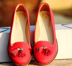 Buy Red Tassel Loafers@INR 1663 www.prideswalk.com