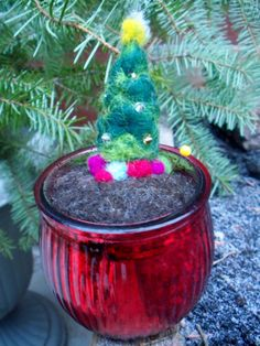 Christmas Tree Pin Cushion by Pieceofourminds on Etsy, $27.00