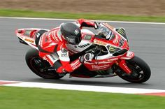 Tommy Bridewell doing the business for Milwaukee Yamaha in testing ahead of 2014 BSB season!