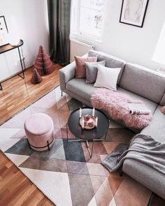 Time to relax! Relaxation is inevitable in this beautiful living room. A unique carpet, a trendy pouf, cuddly pillows, a fluffy fur, Scandinavian deco. Time to relax! Relaxation is a must in this beautiful living room . Living Room Sofa, Living Room Interior, Home Living Room, Apartment Living, Living Room Designs, Living Room Decor, Apartment Ideas, Carpet In Living Room, Apartment Size Furniture