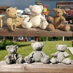 Turn kids favorite old teddy bears into concrete garden sculptures Bildergebnis . - New Ideas - Garden Decor Cement Art, Concrete Crafts, Concrete Art, Concrete Projects, Concrete Garden, Diy Garden Projects, Garden Crafts, Garden Art, Diy Simple