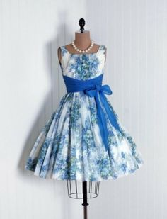 Blue 1950s dress