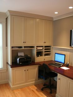 Traditional Home Office Craft Room Design, Pictures, Remodel, Decor and Ideas - page 18