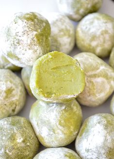 These matcha green tea truffles are plain and simple; really realllllly really good. I mean, it's the kind of good, where you pop 5 or so in your mouth before you even realize what you're doing, kind of good. I lovelovelove cooking/baking with matcha, as most of you probably know from my no-bake green tea...Read More »