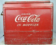 Vintage Coca Cola Metal Ice Chest : http://www.outbid.com/auctions/1183#13#barrycollector