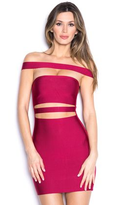 Hot hot hot off shoulder bandage dress comes in many colors. Work it just like Kylie Jenner!!! Ships within 3-4 Business Days.