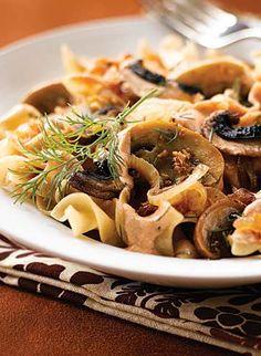 This looks delicious! Clean Eating Portobello Mushroom Stroganoff! It's vegetarian as well!