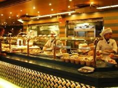 7 tips for eating and dining on a cruise ship