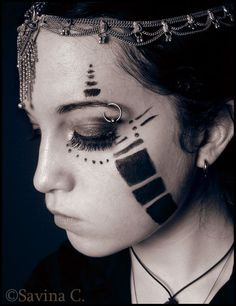 tribal make up                                                                                                                                                                                 Más