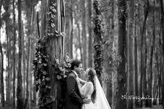 Ya están las fotos de la sesión post boda de Vicky y Hernán en nuestra web, pasen para ver más de este hermoso resumen!!!  Fotógrafos de boda en Buenos Aires Detsination Wedding Trash the Dress Casamientos en Argentina