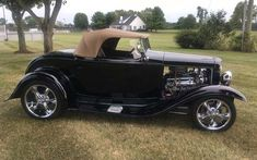 The term 1932 Ford may refer to three models of automobile produced by Ford Motors between 1932 and 1934: the Model B, the Model 18, and the Model 46. #ford #roadster #classic car #history 1932 Ford Roadster, American Classic Cars, Antique Cars, Automobile, Motors, Vehicles, History, Vintage Cars, Car