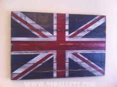 20 DIY Pallet Art Flag Ideas: Vintage Union Jack Wall Art