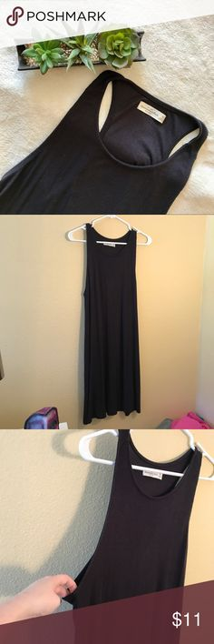Abercrombie and fitch dress super simple black dress, size medium, worn once, its in awesome condition. dress is on the longer side Abercrombie & Fitch Dresses