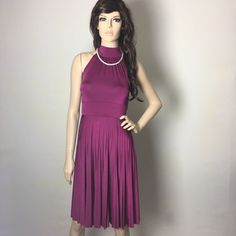 Beautiful Burgundy Wine Silk Dress 💄 Pre-owned in good condition, it has a small mark on the back, hardy noticeable when the tie is down. Stretchy silk-like fabric. So soft and beautiful. 🍷💋💄 Soprano Dresses