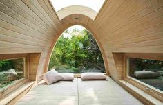 42 Ideas tree house interior design beds for 2019 Tree House Interior, Houses In Germany, Modern Tree House, Sweet Home, Cool Tree Houses, Tree House Designs, Cozy Room, Luxurious Bedrooms, Cabana