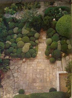 Jardin de La Louve, Bonnieux, France - Nicole de Vesian