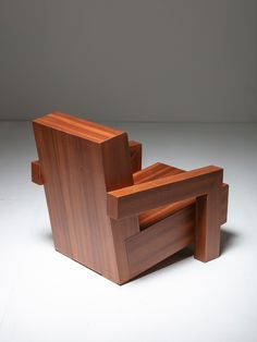 """Incredible """"Utrecht"""" Studio Model Chair by Gerrit Rietveld Furniture Logo, Ikea Furniture, Rustic Furniture, Cool Furniture, Furniture Design, Furniture Cleaning, Furniture Movers, Street Furniture, Furniture Outlet"""