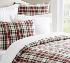 Shop Pottery Barn for festive plaid bedding. Find plaid bedding sets and home decor including decorative pillows, dinnerware and table linens, perfect for the holiday season. Luxury Bedding Collections, Luxury Bedding Sets, Modern Bedding, Modern Bedroom, Red Duvet Cover, Duvet Covers, Quilt Cover, Plaid Bedding, Christmas Bedding