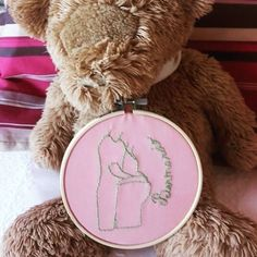 #hoop #hoopartwork #hoopembroidery #embroidery #handembroidery #ricamo #ricamoamano #bordado #bordadar #bordadolivre #littlestitchesportugal #family #pregnancy #grávida #gravidez #needlework #needlepoint #needleart