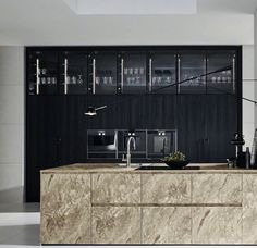 Luxury Kitchens Top 10 Luxury Kitchen Ideas Probably everyone would love to have luxury kitchen at some point of their lives. If you currently feeling like that, you are at the great place! Check our top 10 luxury kitchen ideas. Custom Kitchens, Luxury Kitchens, Cool Kitchens, Luxury Kitchen Design, Best Kitchen Designs, Living Room Kitchen, Kitchen Decor, Kitchen Ideas, Kitchen Trends