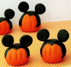 just a little ribbon craft glue and you have one fashionable pumpkin httpswwwretailpackagingcomcategories74 everyday specialty ribbon d - Halloween Arts And Crafts For Kids Pinterest